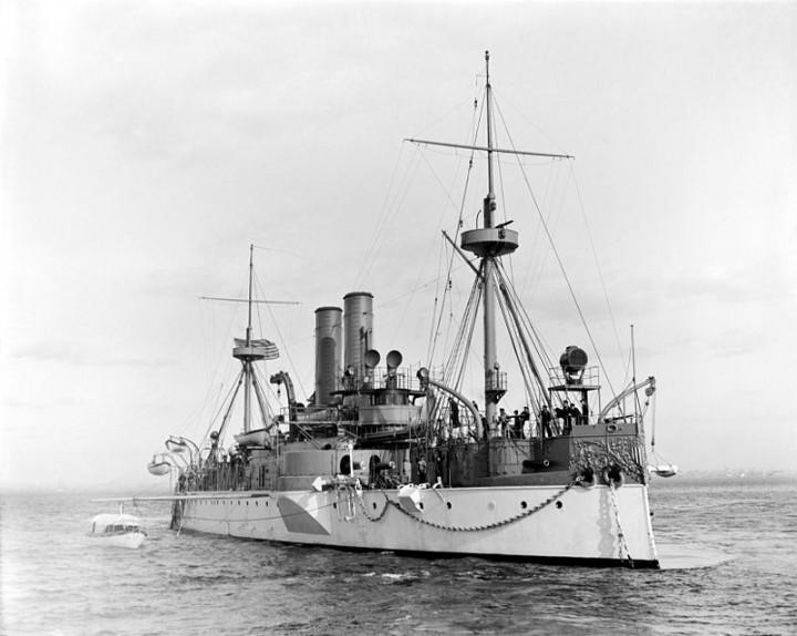 800px-USS_Maine_c1897_LOC_det_4a25824