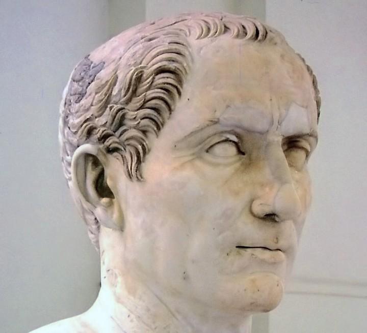 Bust_of_Gaius_Iulius_Caesar_in_Naples